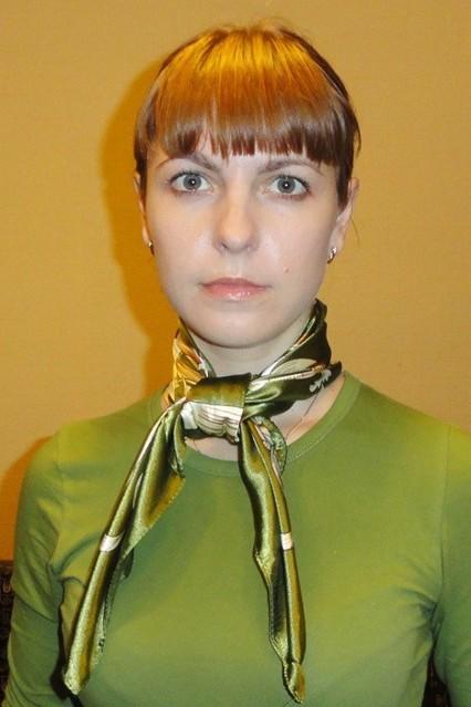 zavyazyvaem_platok_uzlom_kvadrat_3_0 Как завязать платок на шее разными способами и как красиво повязать шарфик на плечах