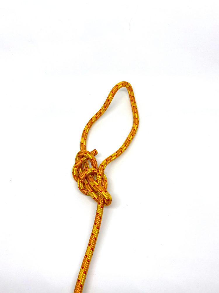 Шаг 10. Контрольный узел для Узела Булинь (Беседочного узела) схема вязания