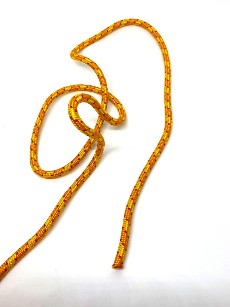 Шаг 3. Узел Булинь (Беседочный узел) схема вязания