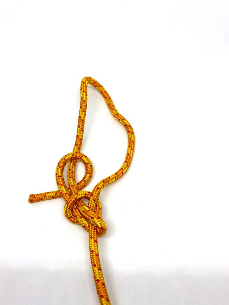 Шаг 9. Контрольный узел для Узела Булинь (Беседочного узела) схема вязания