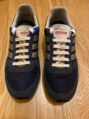 Пила синие кроссовки