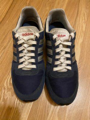 Извилистая шнуровка синие кроссовки